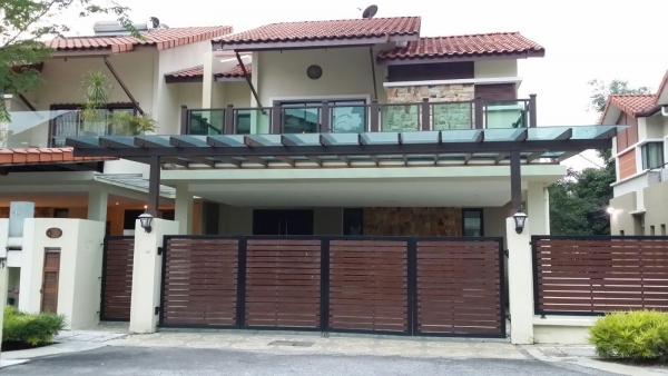 Fully Renovated 3sty Semi-D Riverview Taman Melawati
