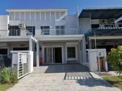 Double Storey Terrace Intermediate Nursari Aman 2 Bandar Sri Sendayan